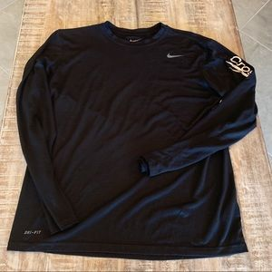 Nike Athletic Cut Dri-Fit long sleeve T Large